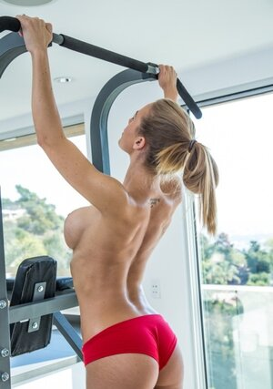Nude fitness workout is the way sweet dame prefers to spend free time