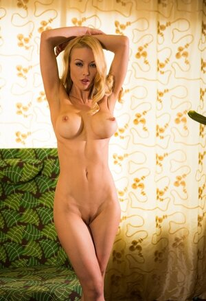 Ravishing blonde Eager mom with amazing tits embarks solo strip show in living room